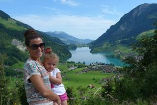 Viajar a Suiza con niños, lago de Interlaken Suiza