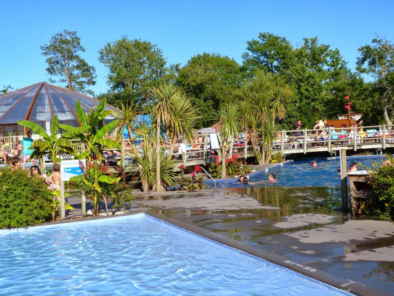 Estancias con mucho encanto y diversi n en las landas for Camping en las landas con piscina cubierta