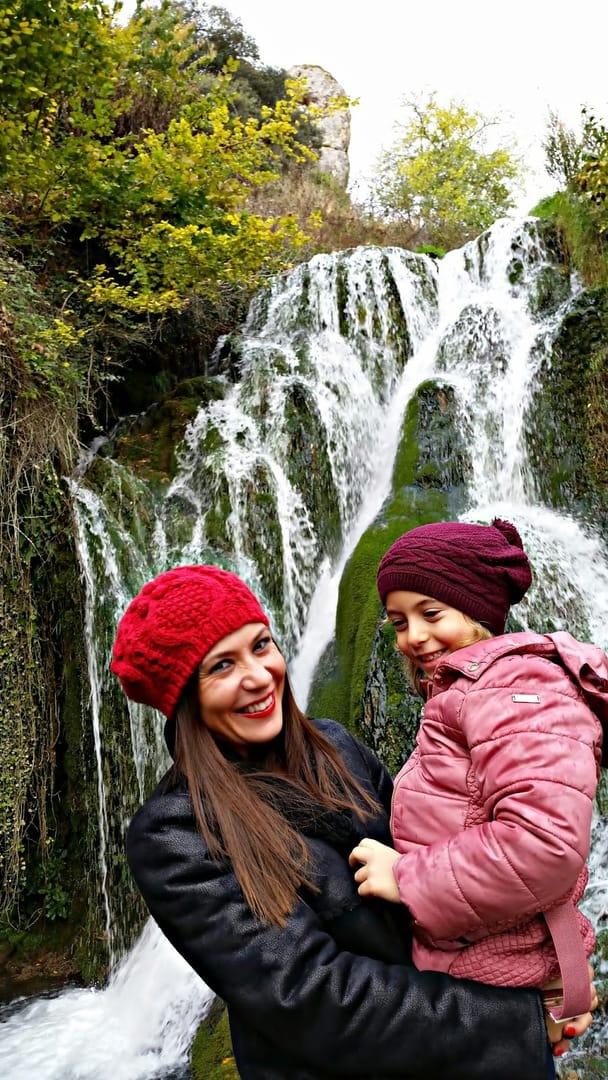 Un castillo y una cascada, un plan perfecto para los niños en Burgos. Burgos