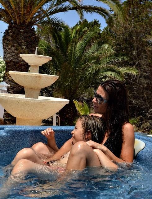 jacuzzi del hotel Lago Playa en Formentera