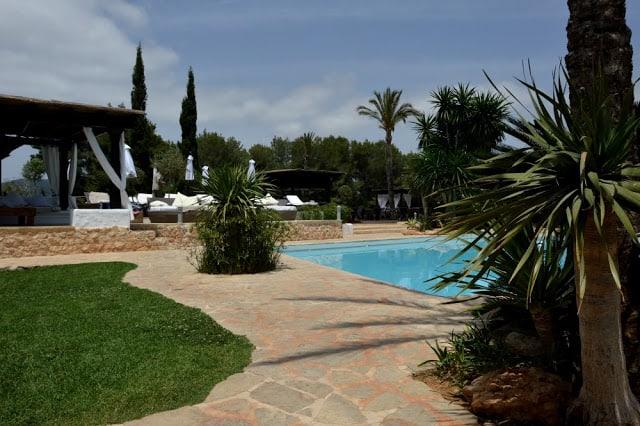 Dónde alojarse en Ibiza con niños 1ª parte. Agroturismo Atzaro España