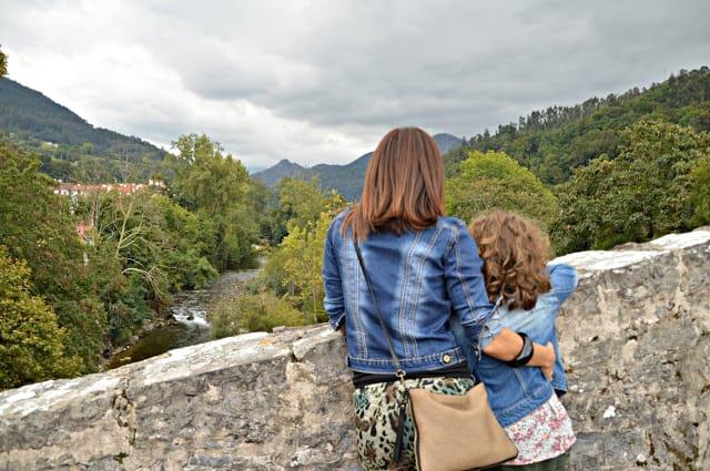 Cangas de Onís vistas a Picos de Europa