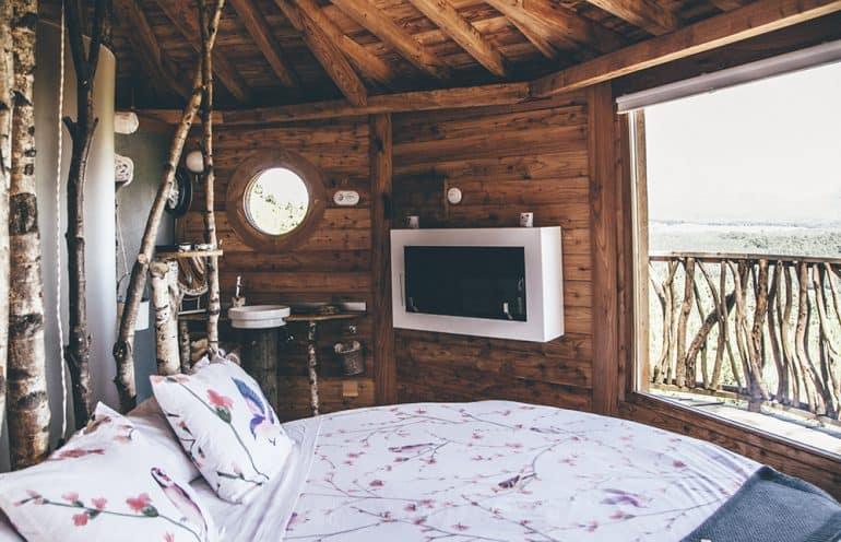 vacaciones-viajar-familia-bilbao-cabañas-arboles