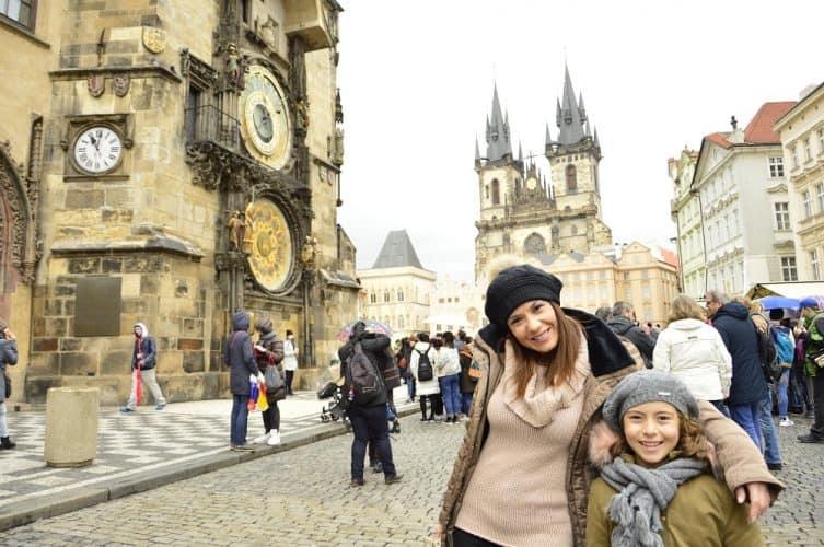 Praga-con-niños-pequeños-vacaciones