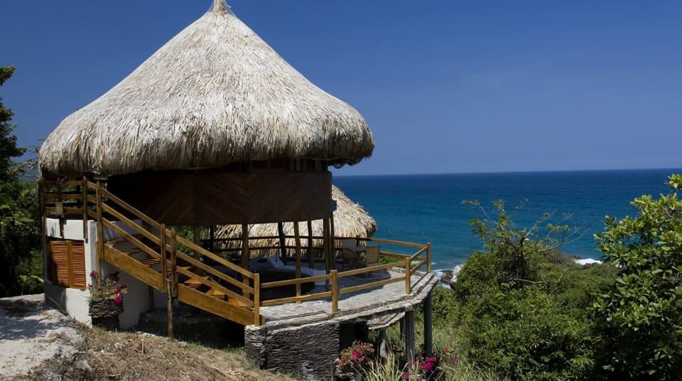 vacaciones-con-niños-colombia-parque-tayrona-turismo
