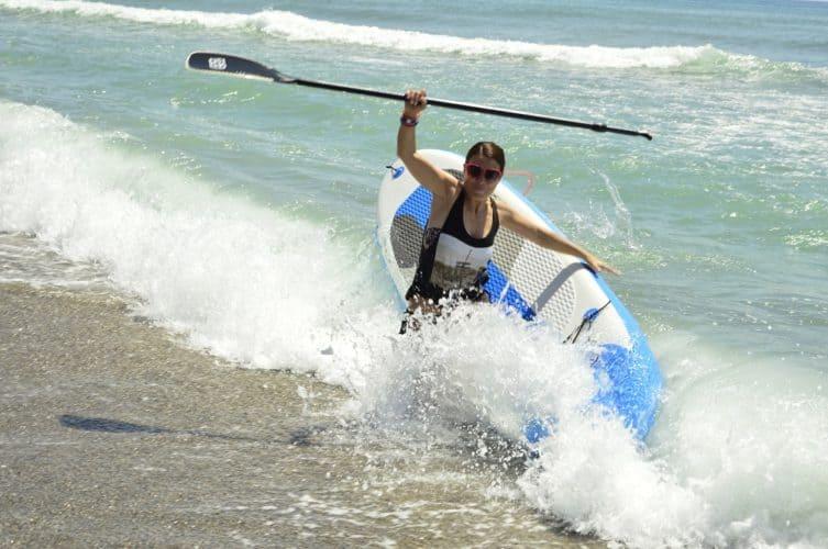 Paddle surf en la playa de Torremolinos