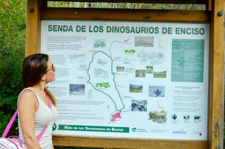 Senda de los dinosaurios de enciso