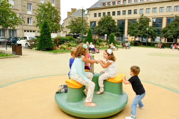 Saint-Maló-francia-con-niños-bretaña