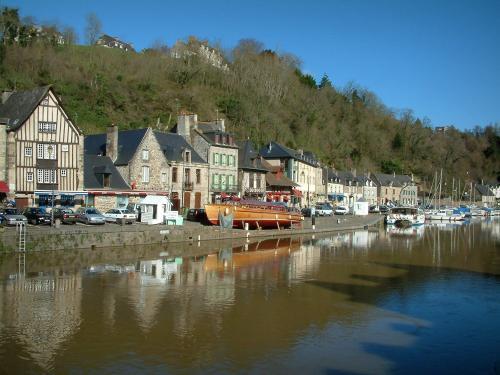 Dinan; uno de los pueblos más bonitos de la Bretaña Dinan