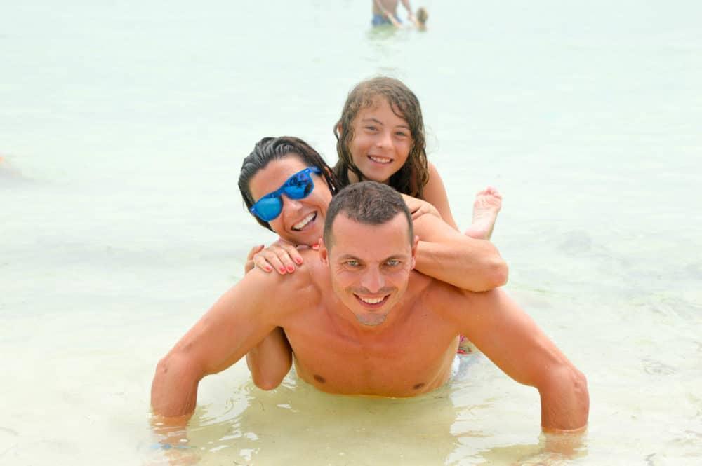 Viajar-con-niños-a-cuba-varadero-cayo-blanco-vacaciones