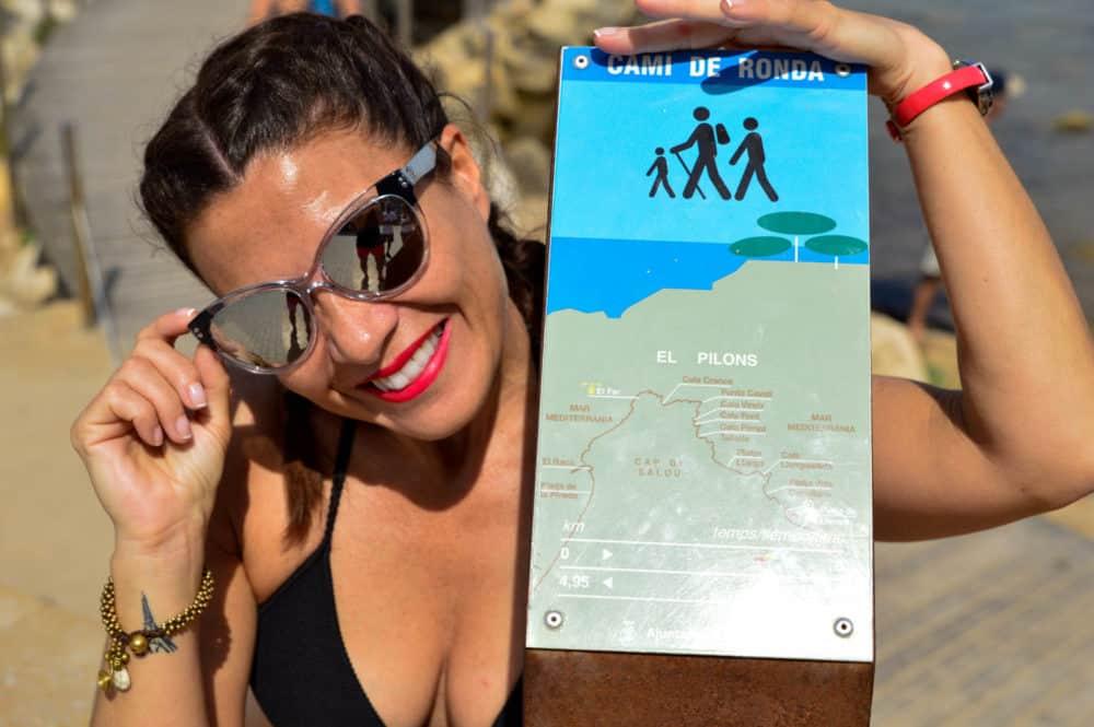 Playas de Salou. Cami de Ronda con niños. España