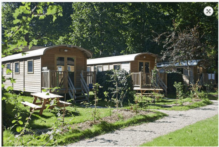 hoteles-en-parís-camping-indigo-vacaciones-con-niños