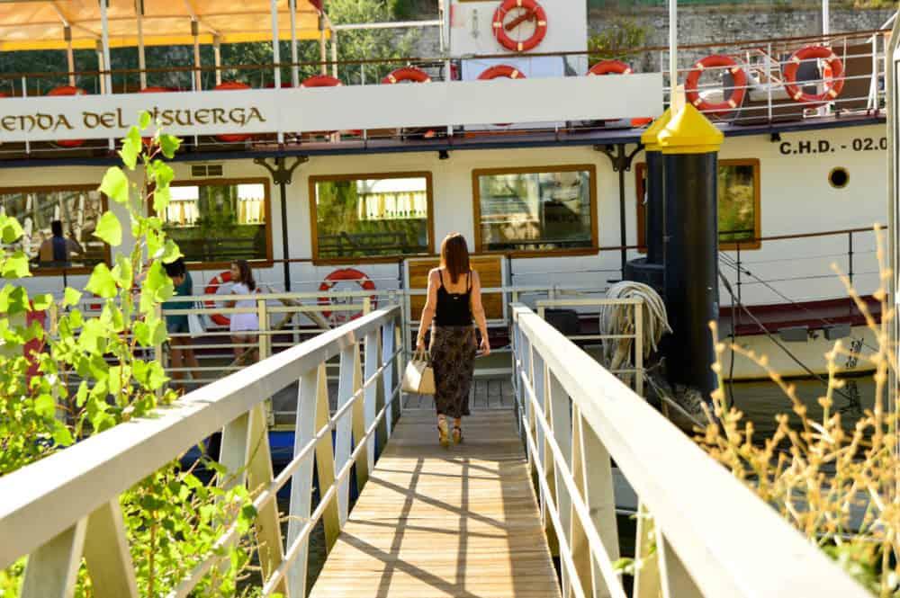 excursión-en-barco-rio-Pisuerga-Valladolid-La-Leyenda-del-pisuerga