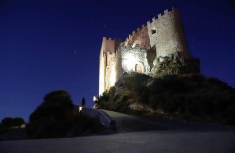 Hotel Castillo de Curiel. Un alojamiento muy especial. Hoteles con encanto