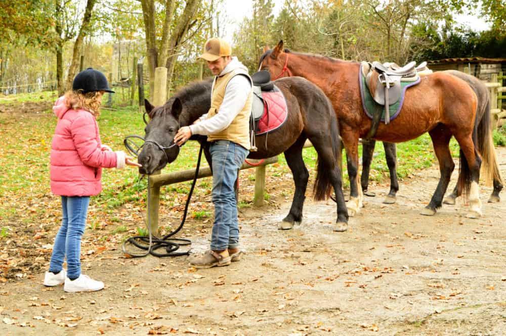 viajandoconmami-montar-a-caballo-basquemountain-elorrio-bizkaia-planes-con-niños