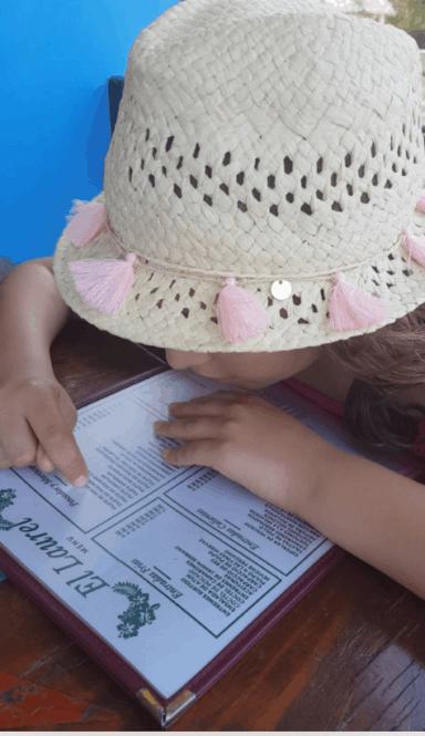Viajandoconmami-cuba-con-niños-viajar-restaurante-el-laurel-la-habana-paladar-cubano