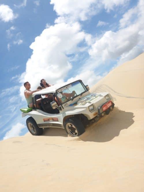 Viajandoconmami-Viajar-a-Brasil-Ceará-Canoa-Quebrada-Buggy-vacaciones-travel-