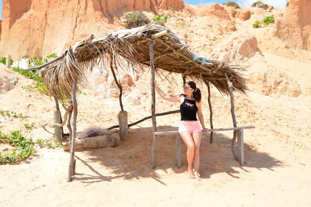 Pasea, come, baila. Vive Canoa Quebrada. Brasil. América