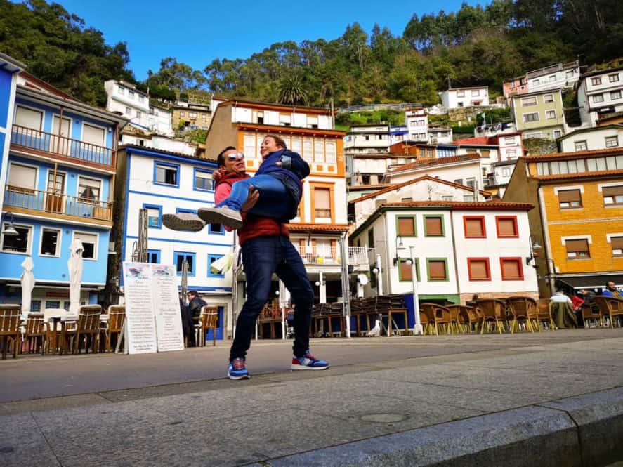 viajandoconmami.com/wp-content/uploads/2019/03/Viajandoconmammi-Viajar-con-niños-Vacaciones-familia-Asturias-Cudillero