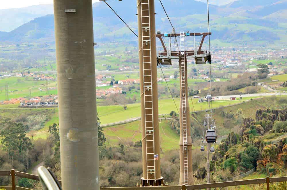 teleférico al Parque de Cabárceno en Cantabria