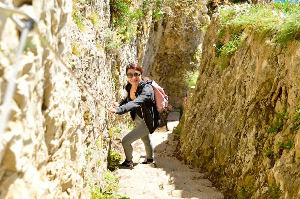 Viajandoconmammi-Viajar-con-niños-Vacaciones-familia-planes-con-niños-en-Cantabria-Santoña-Faro-del-caballo-ruta-senderismo-Travel