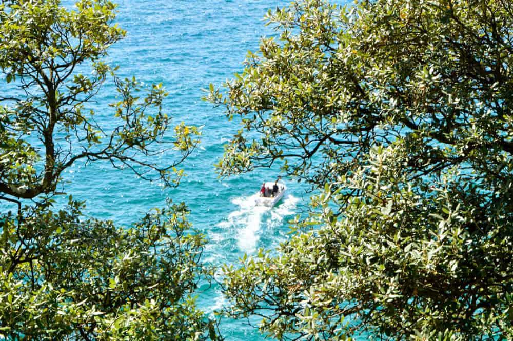 Viajandoconmammi-Viajar-con-niños-Vacaciones-familia-planes-con-niños-en-Cantabria-Santoña-Faro-del-caballo-ruta-senderismo-Travel-