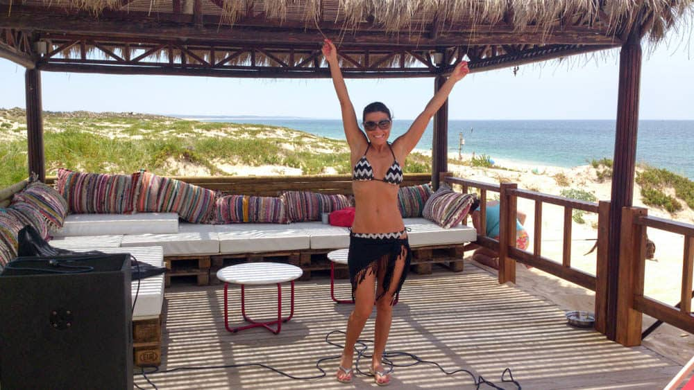 https://viajandoconmami.com/razones-de-mucho-peso-para-ir-a-la-playa-de-comporta-en-portugal/