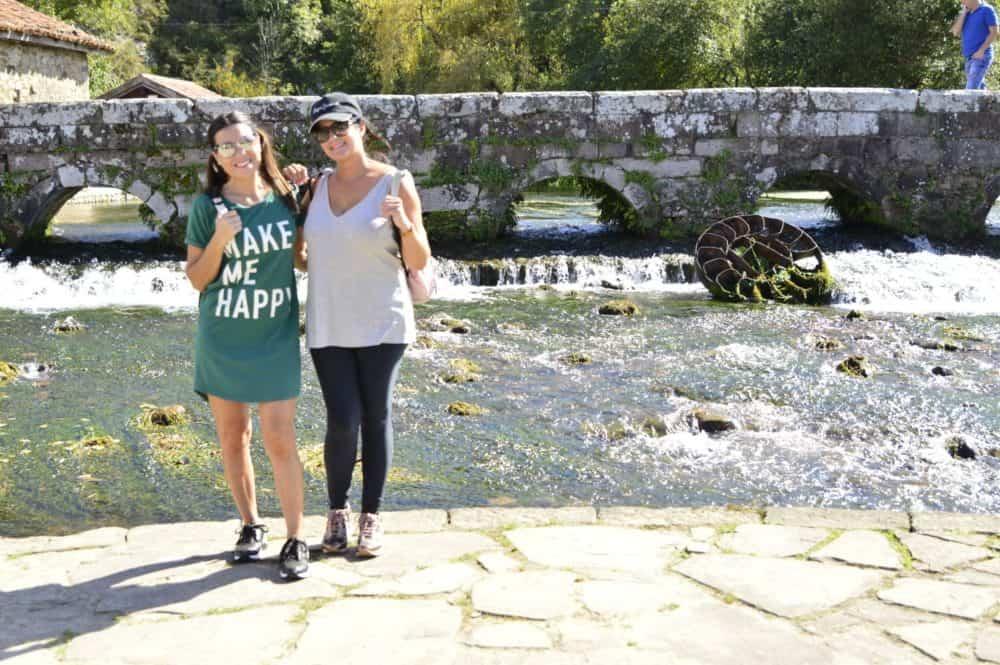 Viajandoconmammi-Viajar-con-niños-Vacaciones-familia-planes-con-niños-Bosque-Secuoyas-Cabezón-de-la-sal-Cantabria-árboles-la-Fuentona