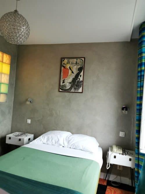 Mi habitación en el Hotel Sacré Coeur París