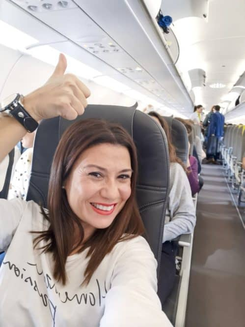 En el avión camino a París