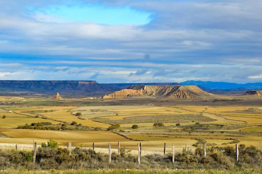 Viajandoconmami-viajar-Bardenas-Reales-Navarra-con-niños-casas-cueva