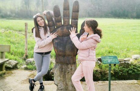 Viajandoconmami-Camin-Encantau-Llanes-planes-en-Asturias