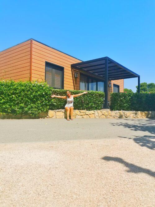 Alojamiento en el Seaside Villa del Camping Playa Montroig en Tarragona