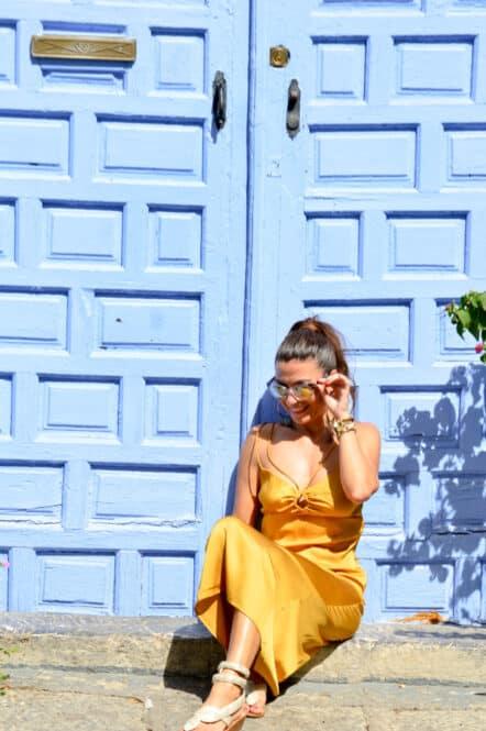 Puerta azul de Córdoba en Andalucía