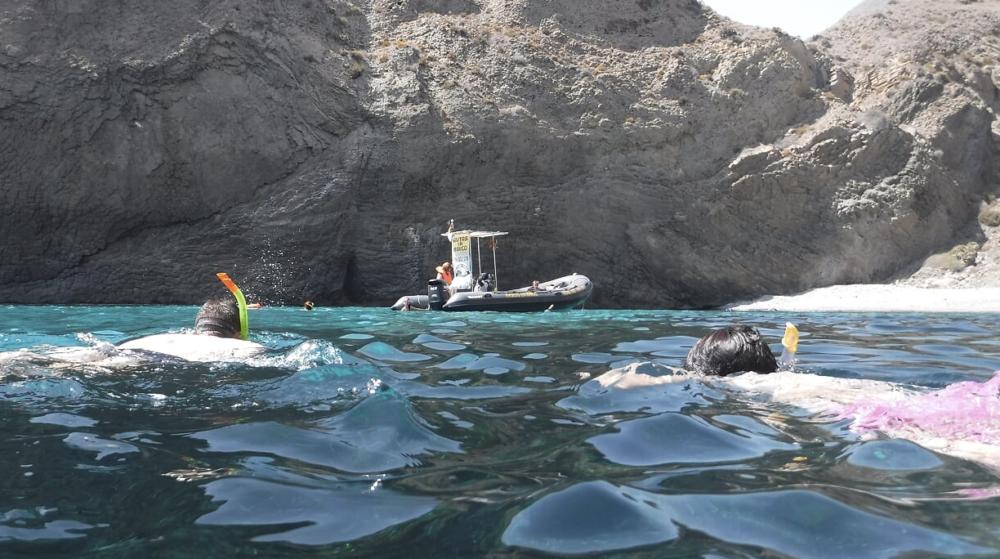 Rolling Almería excursión en barco por Cabo de Gata2