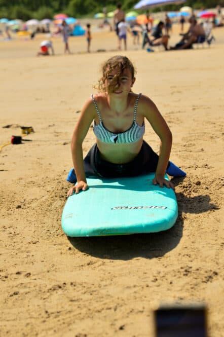 Surf en la playa de Oyambre con Oyambre Surf