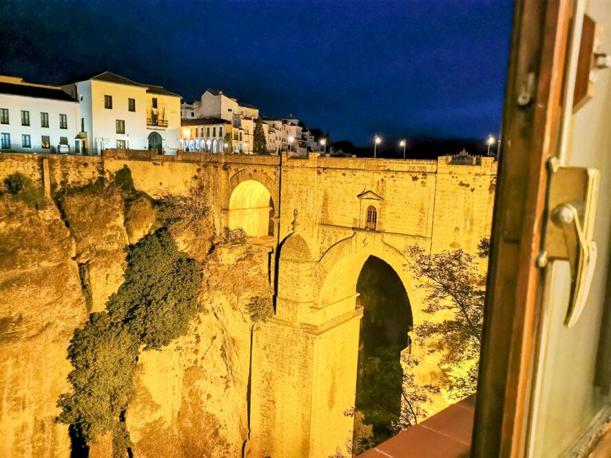 Vistas desde la habitación del hotel Don Miguel en Ronda, Málaga, Andalucía
