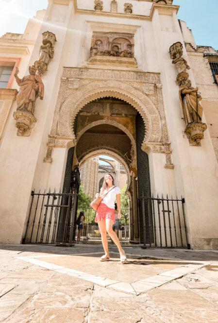 Puerta-de-la-Catedral-de-Sevilla-Andalucía